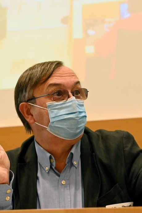 Le nombre de contaminations quotidiennes grimpe à 1.425 cas, en moyenne
