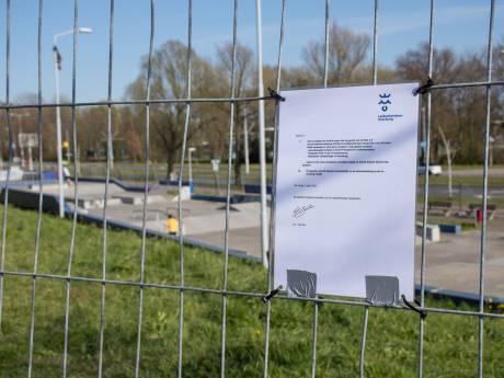 Jongeren hebben maling aan hekken rondom skatebaan: politie deelt fikse boetes uit