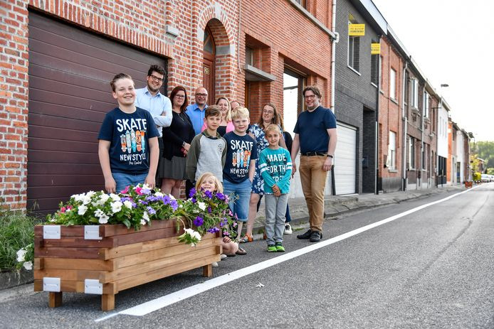 Schepen Jan Vandestraeten kreeg van de bewoners te horen dat ze zich kunnen vinden in de nieuwe maatregel voor hun Fortstraat.