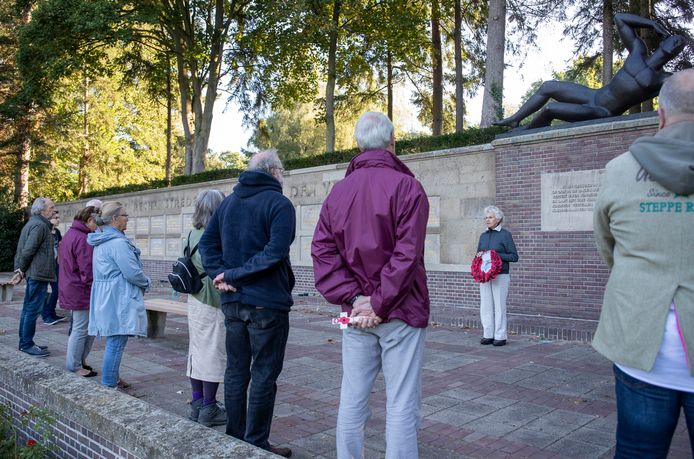 Herdenking bij het Mausoleum voor het Edese verzet.