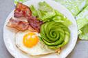 Veel vet, weinig koolhydraten, dat zijn kenmerken van het ketogeen-dieet.