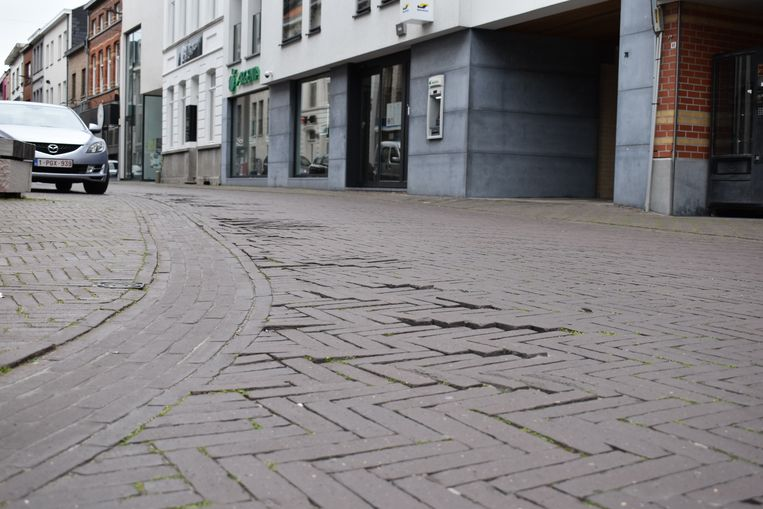 Wonderbaarlijk Maandag start heraanleg klinkers in Hoogstraat | Zottegem | In de FB-66