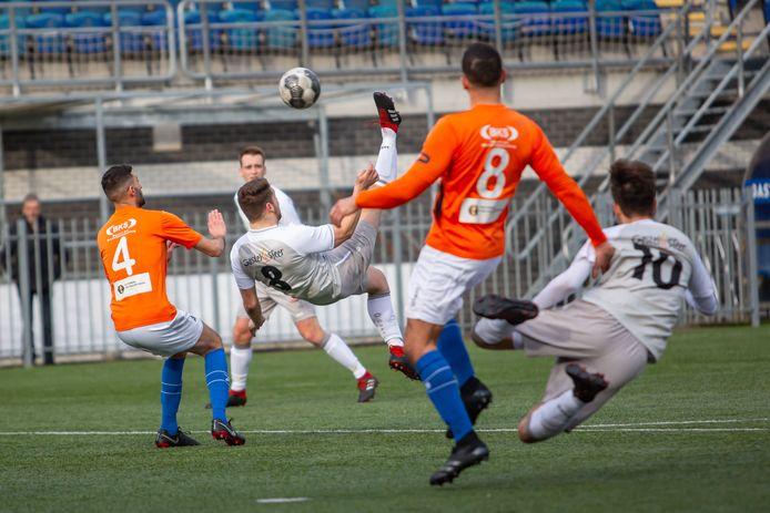 Derdeklasser RBC (oranje shirts) heeft een promotieverzoek ingediend bij de KNVB.