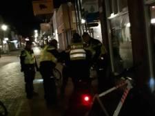 Agent in zijn gezicht geslagen na opstootje in Steenbergen