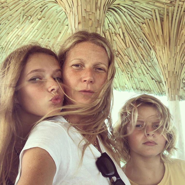 Gwyneth met haar dochter Apple (links) en zoon Moses (rechts).