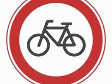 Bordje 'Niet fietsen op zaterdag' per ongeluk weggehaald maar komt terug in Rijswijk