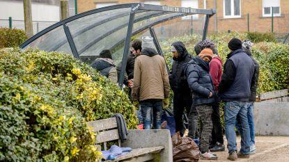 Aantal mensen zonder wettig verblijf stijgt opnieuw