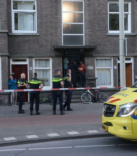 Man gewond geraakt op De la Reyweg