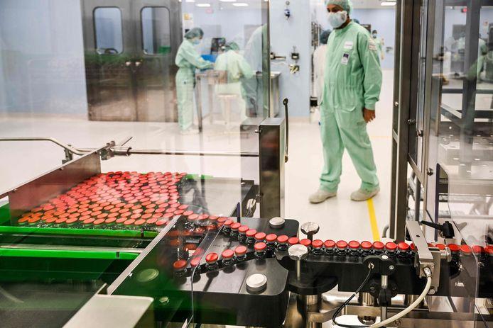 De klinische testen van het coronavaccin van farmaceut Astrazeneca en de Universiteit Oxford kunnen worden hervat na eerder deze week te zijn stilgelegd.