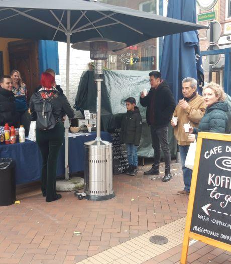 Café De Stam in Almelo treedt naar buiten: Rondje bier wordt een rondje koffie