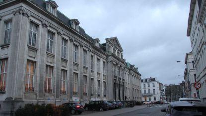 Geschrapte immomakelaar blijft verder werken: 12.000 euro boete
