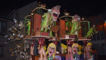 Carnavalisten halen alles uit de kast en brengen prachtige praalstoet