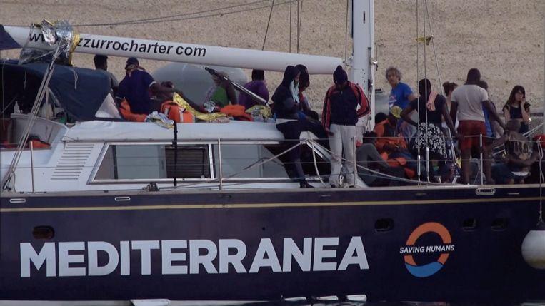 De migrantenboot Alex.  Beeld REUTERS