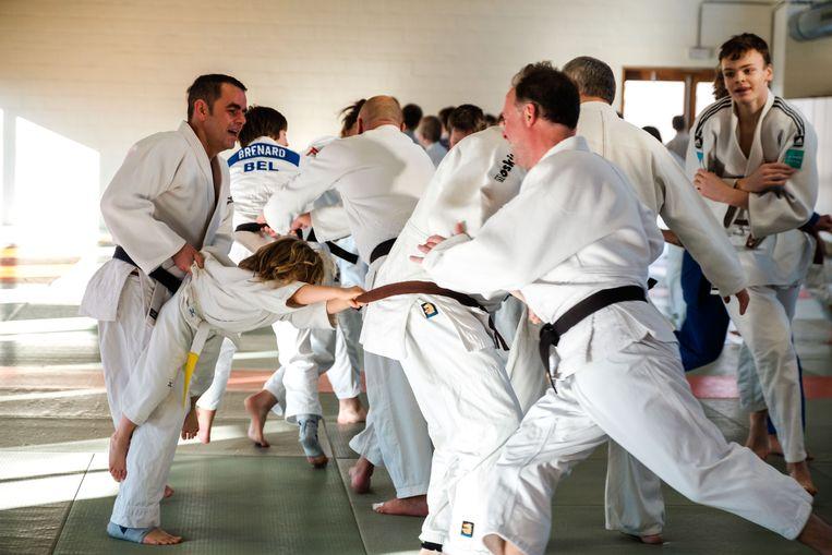 Koen en Stan Sleeckx links in actie tijdens de judodag.