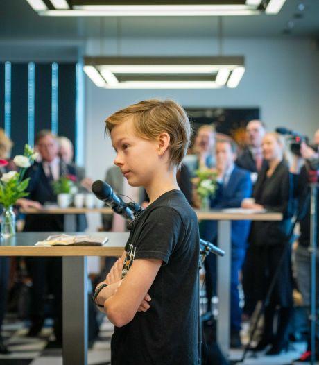 PVV-leider Faber fel tegen klimaatactivist Lars (12): 'Je ouders hadden je hiervoor moeten behoeden, ga voetballen'