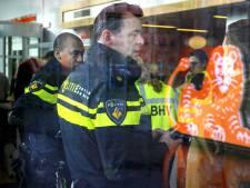 Politiechef geïrriteerd omdat dader bombrieven nog spoorloos is: 'We zetten alles op alles'