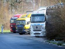 's-Heer Hendrikskinderen wil af van geparkeerde vrachtwagens in het dorp