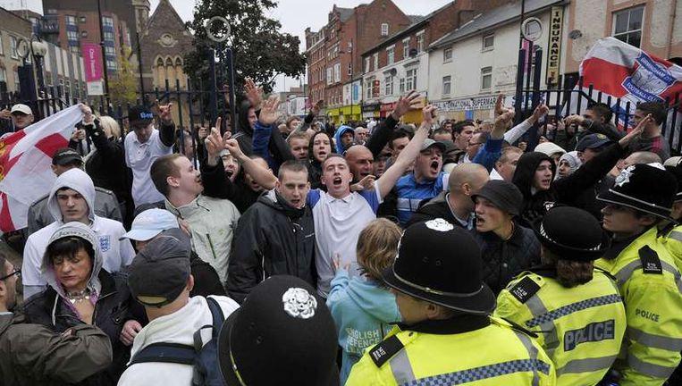 Protestereden leden van the English Defence League in Leicester deze maand Beeld afp
