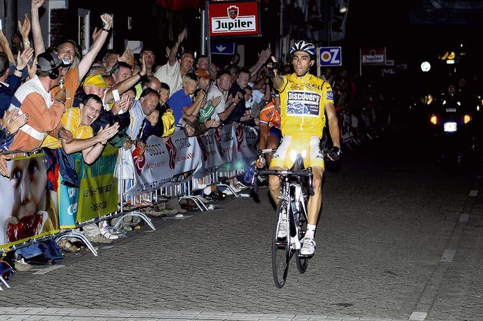 Contador wint de Draai van de Kaai in 2007. Archieffoto Robert van den Berge