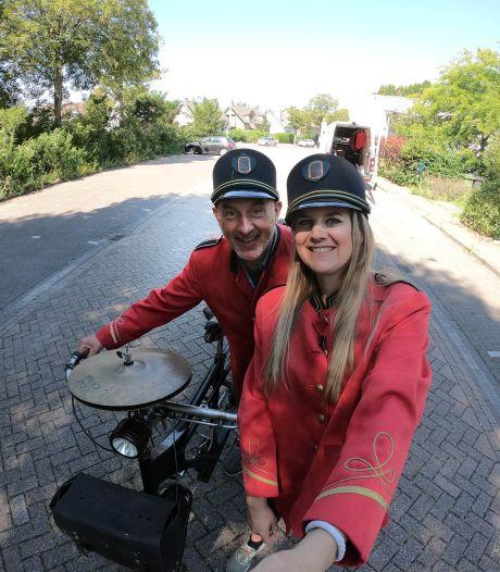 Van overledenenverzorgster tot achtbaanontwerper: Marleen (32) filmde de meest bijzondere beroepen in Brabant