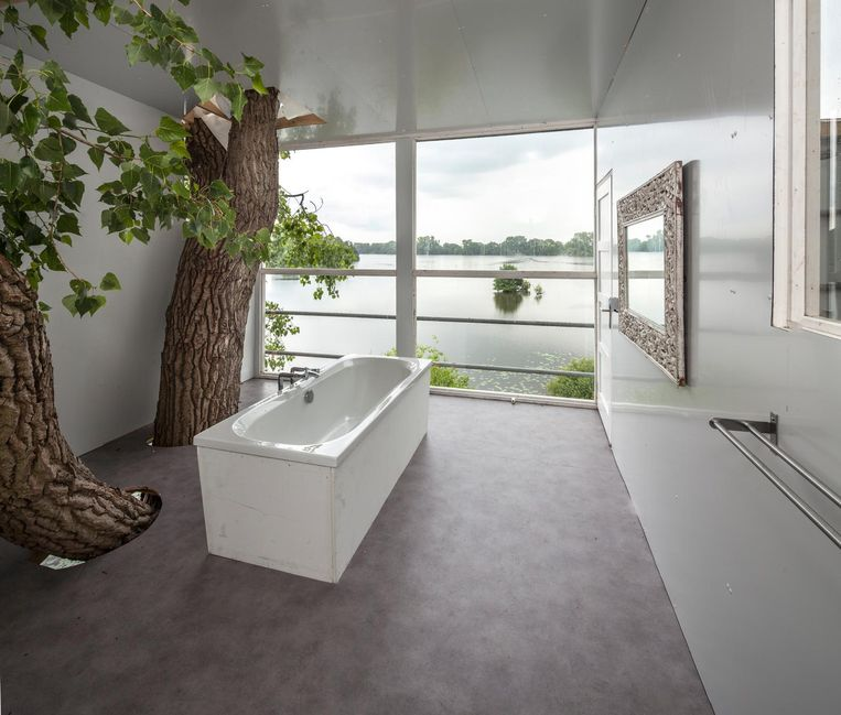 3 - Taturo Atzu, Stairway to Heaven, op landgoed Vennebroek Beeld Harry Cock