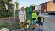 Leerlingen van Basisschool De Brug krijgen kleurrijke fietsvlaggetjes