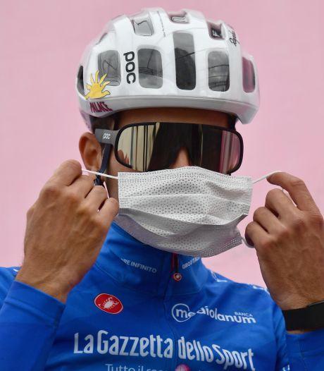 Bergkoning in Giro breekt sleutelbeen bij aanrijding met auto