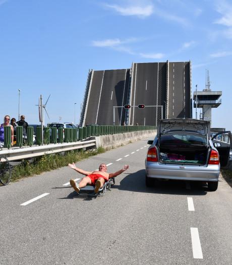 VVD Noordoostpolder en Dronten willen opheldering over storingen Ketelbrug