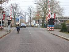 Overweg Deldensestraat in Borne moet veiliger worden