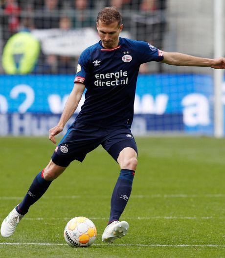 Schwaab verlaat PSV deze zomer, PSV op zoek naar nieuwe verdediger