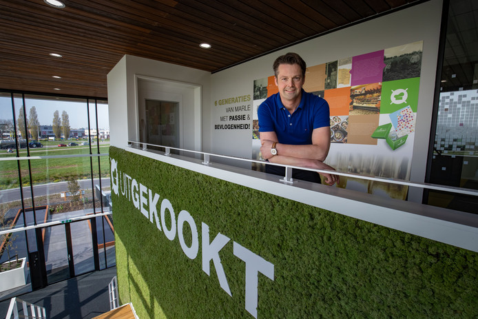Ondernemer Johan van Marle (43) bouwde zijn groentewinkel uit tot een landelijk opererende maaltijdservice, catering- en eventsbedrijf.