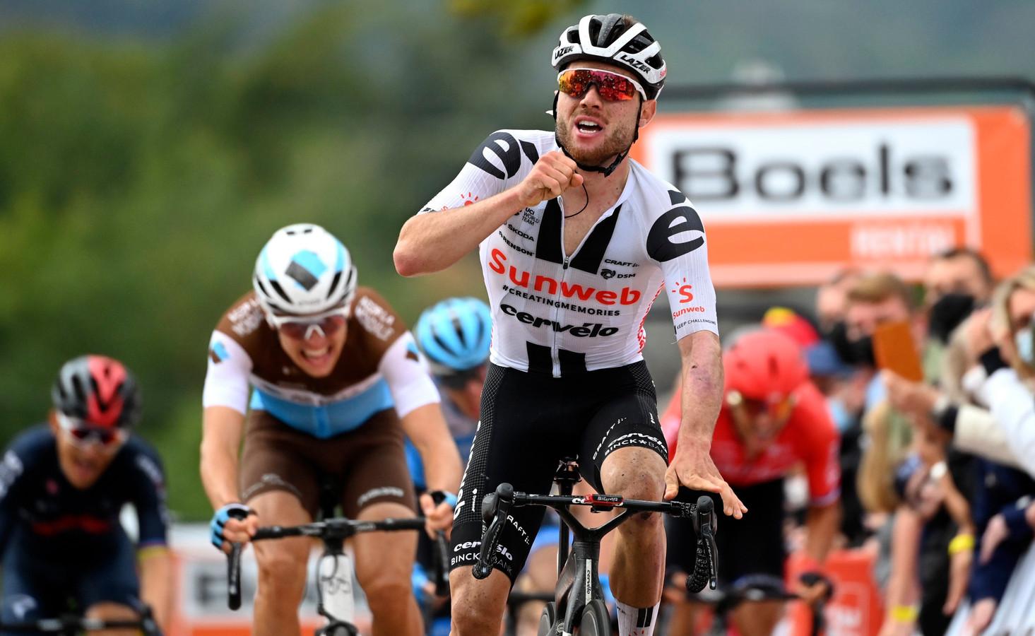 Marc Hirschi won op de Muur van Hoei.
