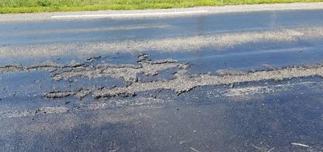 Randweg Genemuiden nog hele week dicht door gesmolten asfalt