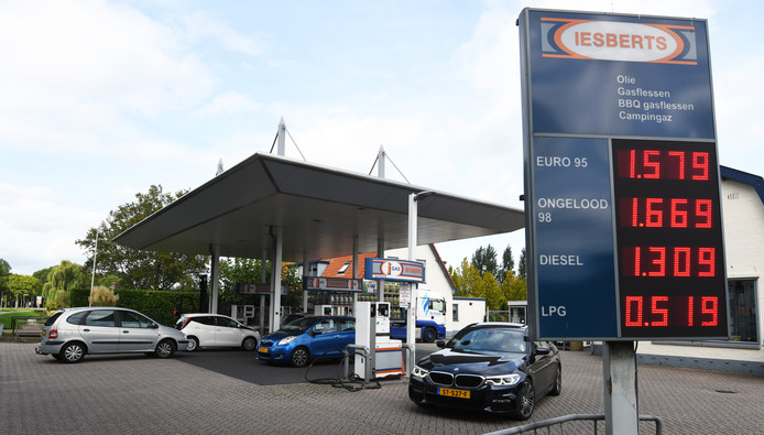 De benzinepomp van Iesberts.