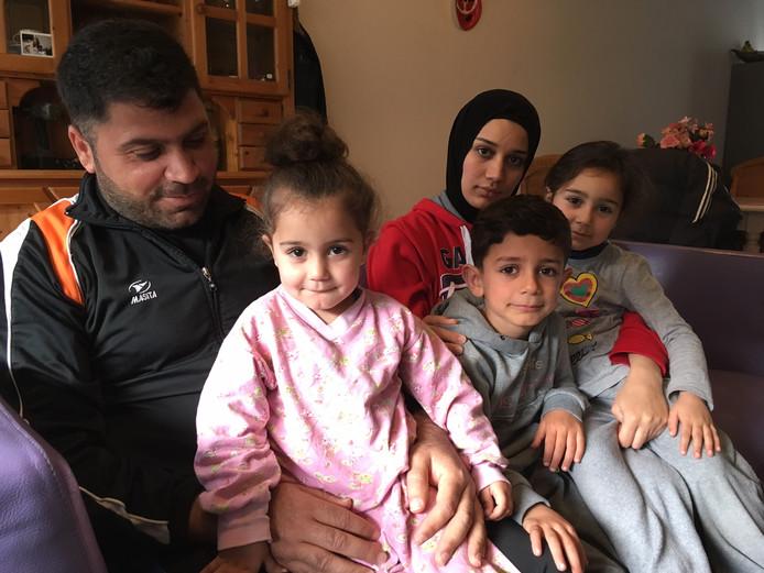 Zahed Hassan, zijn vrouw Nour en hun drie kinderen komen niet terug in Oss.