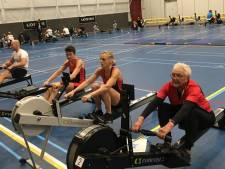 Nijmeegse (90) roeit indoor wereldrecord: 'Ter nagedachtenis aan dierbare Han'
