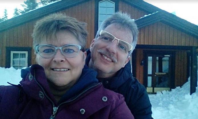Benny en Andrea verkassen naar de sneeuw.