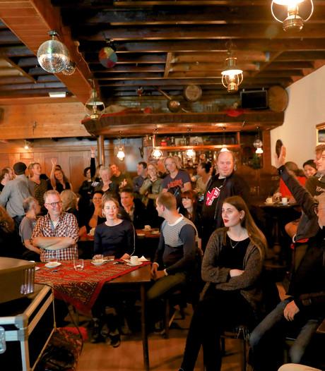 Eerste huiskamerfestival strijkt neer in 27 Osse woonkamers