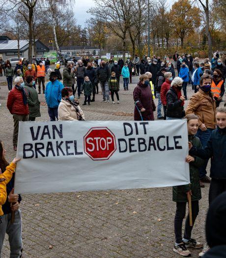 Demonstratie tegen plannen voor een doorgaande weg in Nuenen: 'Stop dit debacle'