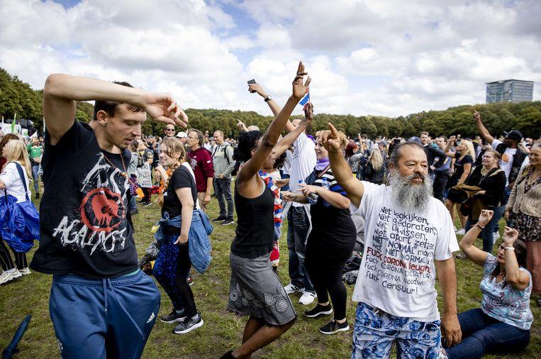 Tegenstanders van de corona-maatregelen demonstreren in augustus op het Malieveld.  Beeld ANP