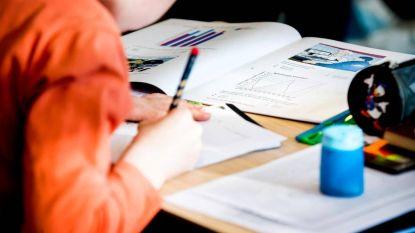 Het debat: moet het onderwijs meer focussen op kennis vergaren?
