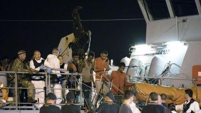 450 geredde migranten mogen dan toch in Italië van boord