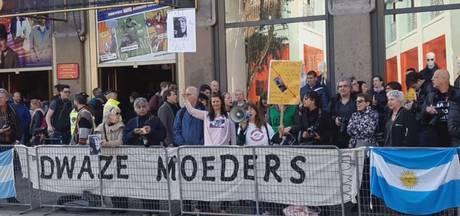 Protesten op Dam bij staatsbezoek Argentijnse president Macri