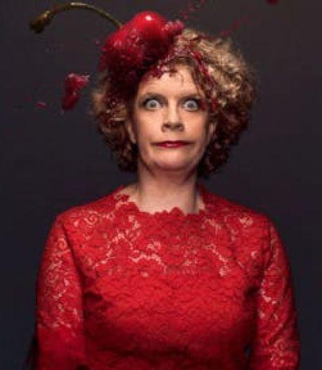 Cabaret op SBS 6 schot in de roos: Brigitte Kaandorp scoort dik een miljoen kijkers