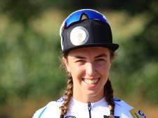 Veldrijdster Van Anrooij mag naar vier wereldbekerwedstrijden