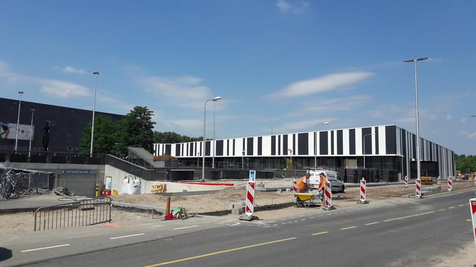 De nieuwe Jumbo Foodmarkt in aanbouw op Stappegoor, gezien vanaf de Professor Goossenslaan.