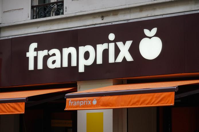 Er komen speciale HEMA-schappen in 15 Franprix-supermarkten.