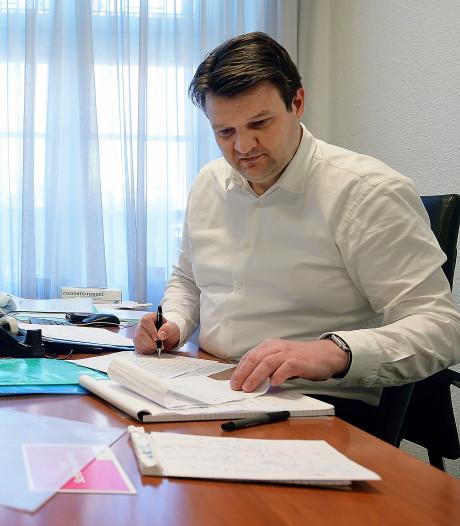 'Hectiek? Ik word er rustig van', Roosendaalse burgemeester krijgt een stoomcursus crisismanagement