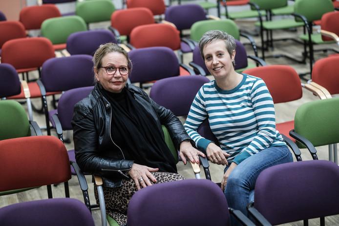 Brigitte Huldman (links) en Mariëlle Horsting in het huidige filmhuis.