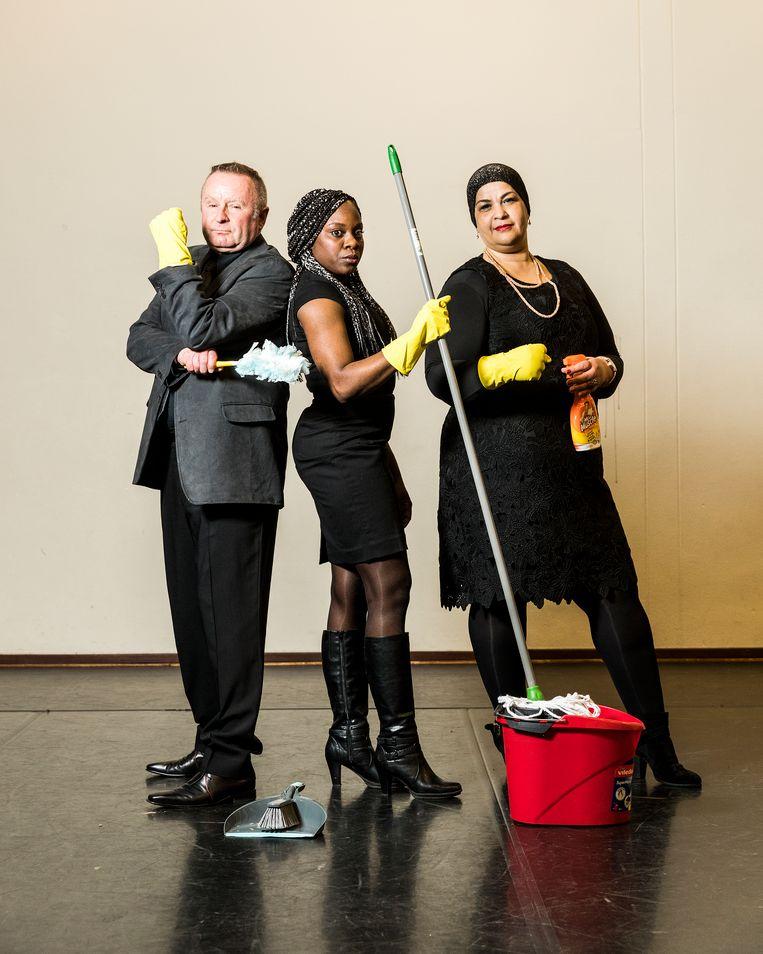 Drie van de zeventig leden van het schoonmakersparlement: Tim, Nadine en Khadija. Beeld Jiri Buller